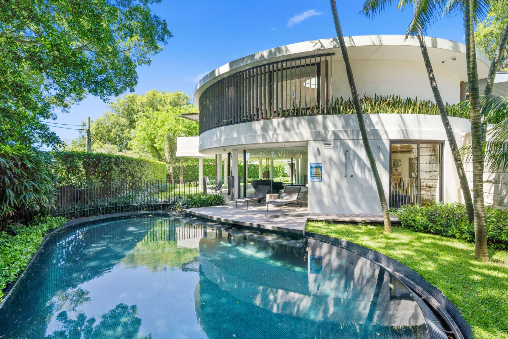 Bellevue Hill's Oculus House is For Sale